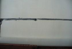 Металлорукав в стене
