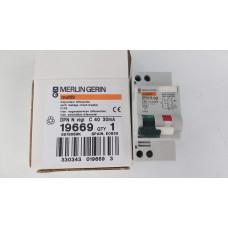 Дифференциальный автомат Shneider Electric  DPN N VIGI 6KA 40A C 30MA